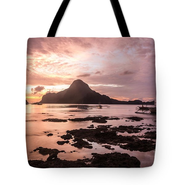 Sunset Over El Nido Bay In Palawan In The Philippines Tote Bag