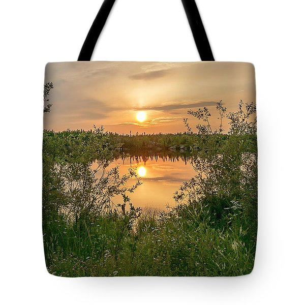 Sunset Over Fiddlers Lake Tote Bag