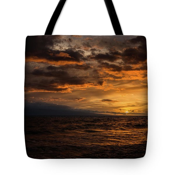 Sunset Over Hawaii Tote Bag