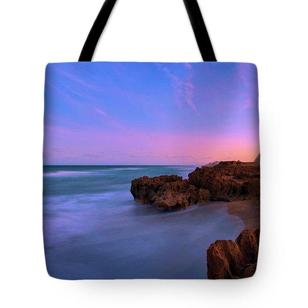 Sunset Over House Of Refuge Beach On Hutchinson Island Florida Tote Bag