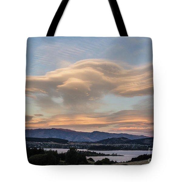 Sunset Over Lake Wanaka Tote Bag