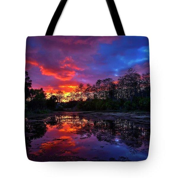 Sunset Over Riverbend Park In Jupiter Florida Tote Bag