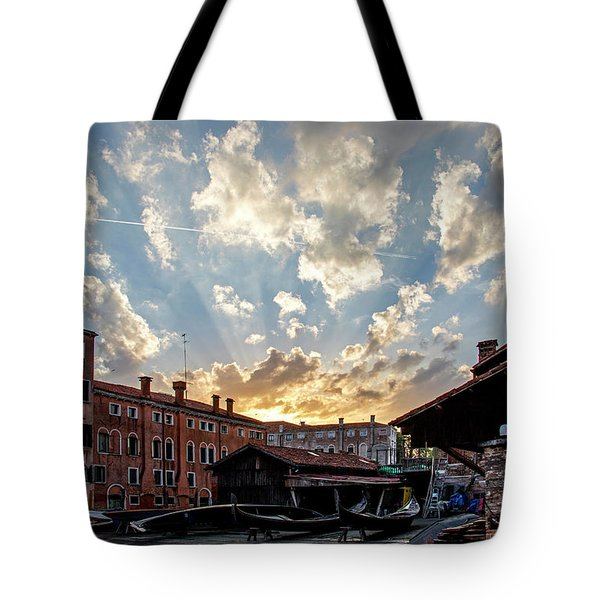 Sunset Over The Gondola Shop In Venice Tote Bag