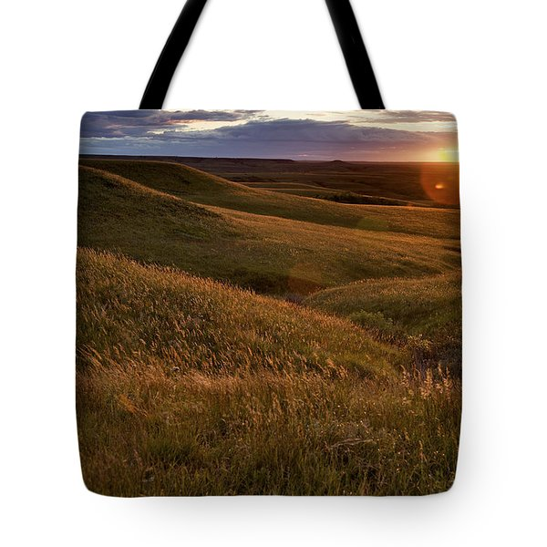 Sunset Over The Kansas Prairie Tote Bag