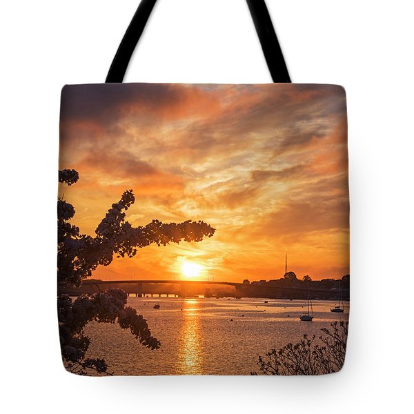 Sunset Over The Salem Beverly Bridge From The Salem Willows Salem Ma Tote Bag