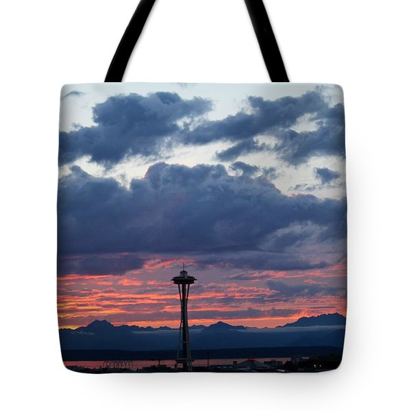 Sunset Red Clouds And Space Needle Tote Bag
