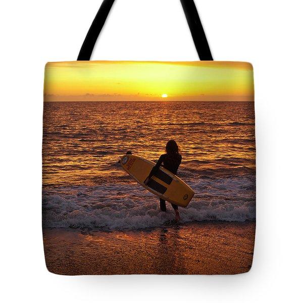 Sunset Surfer On Aberystwyth Beach Wales Uk Tote Bag