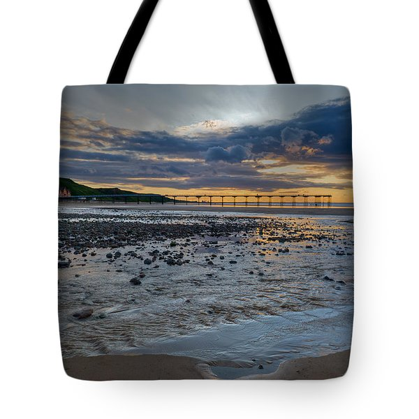 Sunset With Saltburn Pier Tote Bag by Gary Eason