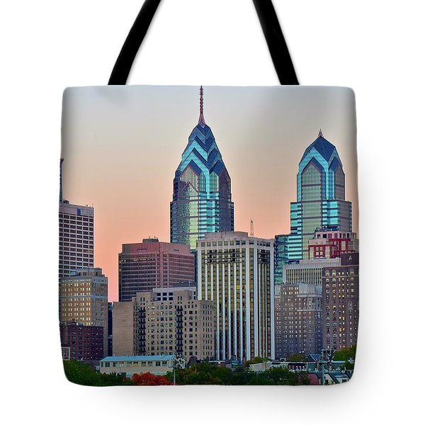 Tote Bag featuring the photograph Sunsets Glow In Philly by Frozen in Time Fine Art Photography