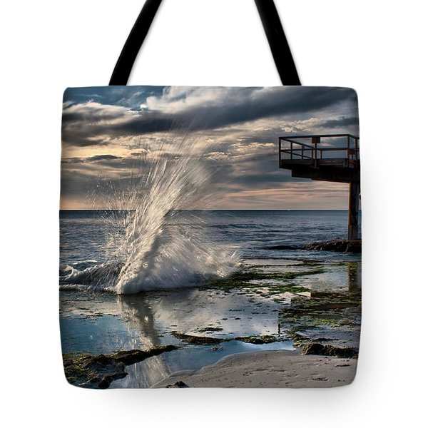 Sunsets Show Tote Bag