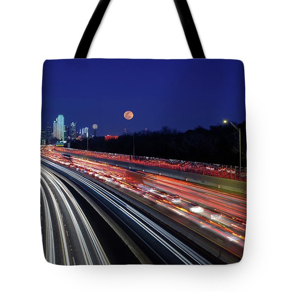 Tote Bag featuring the photograph Super Moon And Dallas Texas Skyline by Robert Bellomy