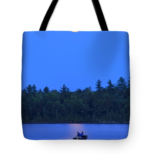 Tote Bag featuring the photograph Super Moon At The Lake by Barbara West
