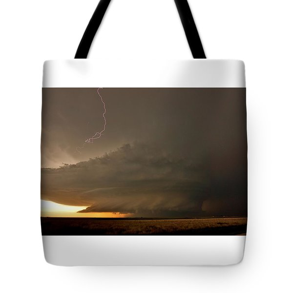 Supercell In Kansas Tote Bag