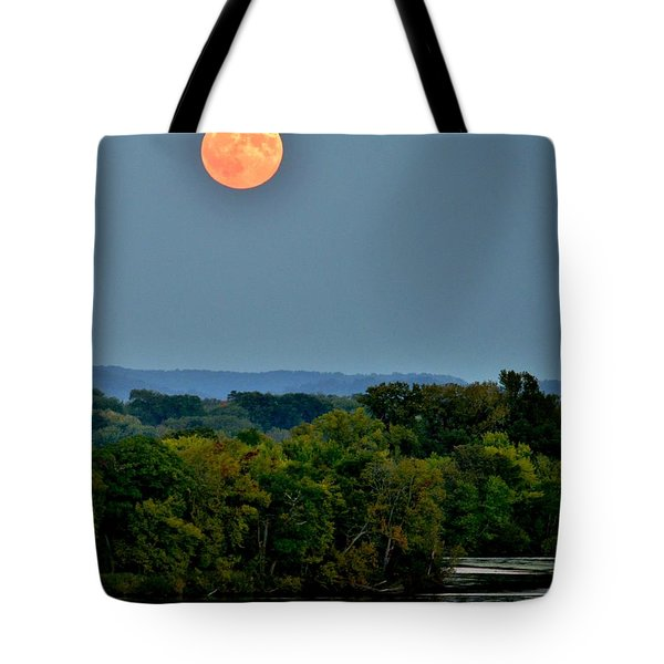 Supermoon On The Mississippi Tote Bag