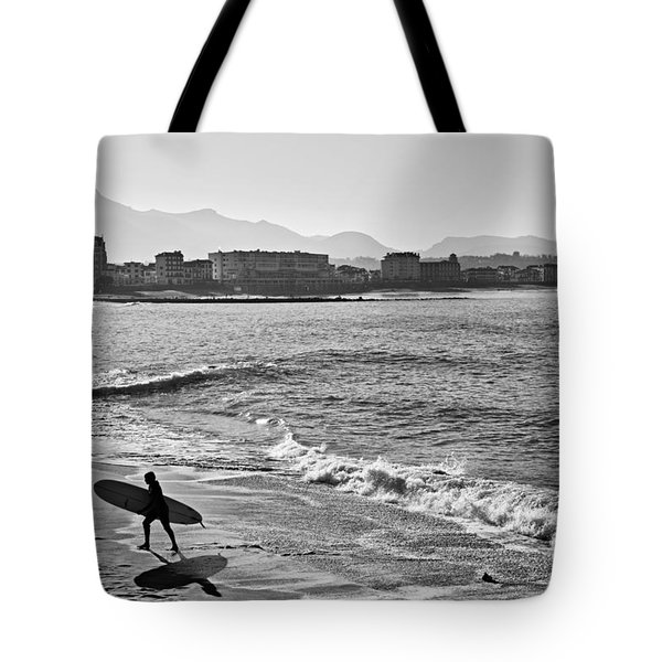 Tote Bag featuring the photograph Surf's Up by Cendrine Marrouat