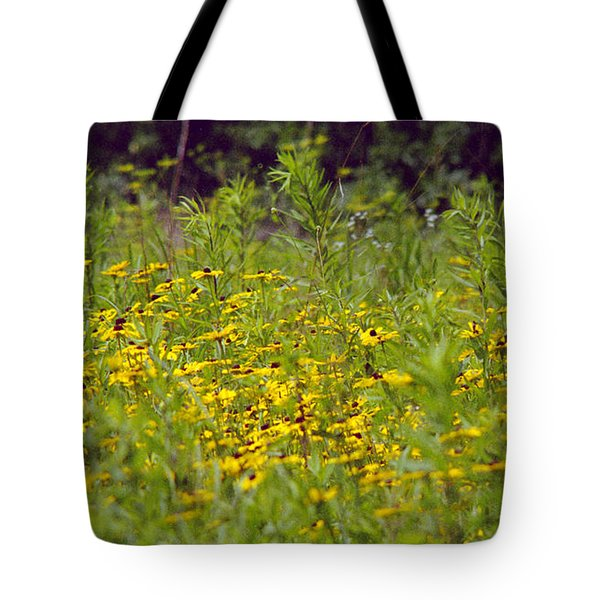 Susans In A Green Field Tote Bag