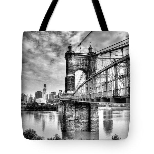 Suspension Bridge At Cincinnati Bw Tote Bag