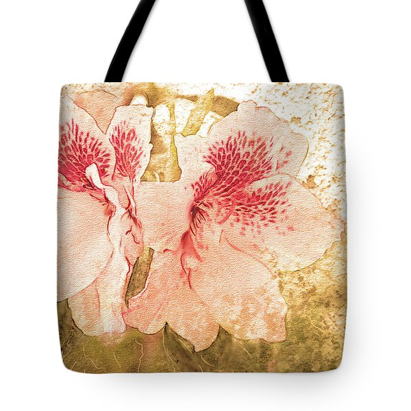 Tote Bag featuring the photograph Sutle Harmony by Bonnie Willis