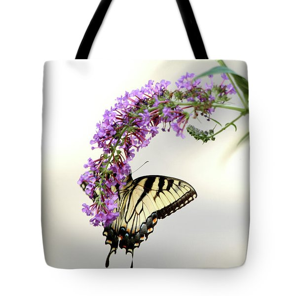 Swallowtail On Purple Flower Tote Bag