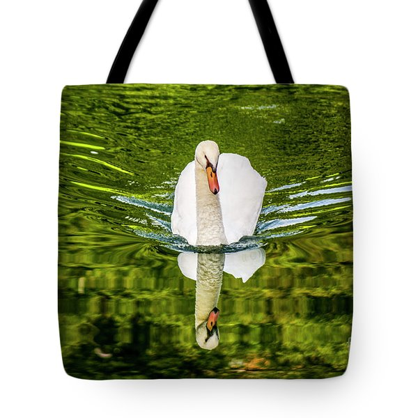 Swan Lake Nature Photo 892 Tote Bag
