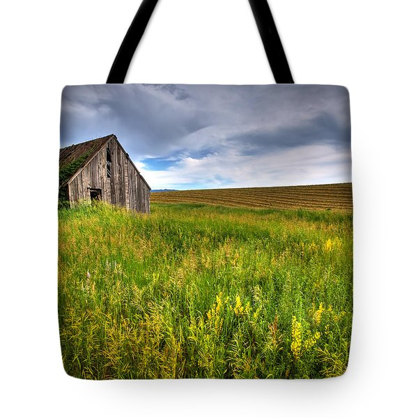 Swan Valley Tote Bag