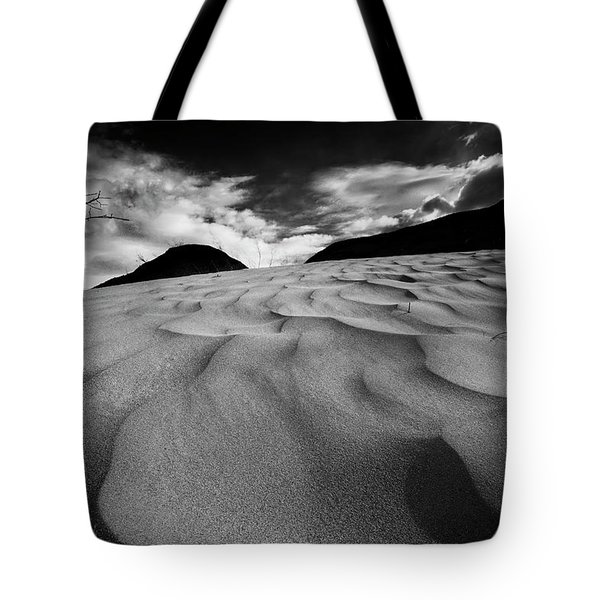 Swerves And Curves In Jasper Tote Bag