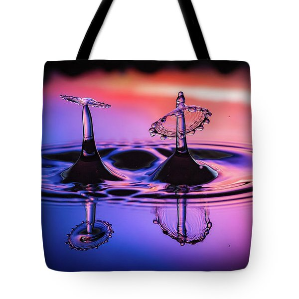 Tote Bag featuring the photograph Synchronized Liquid Art by William Lee