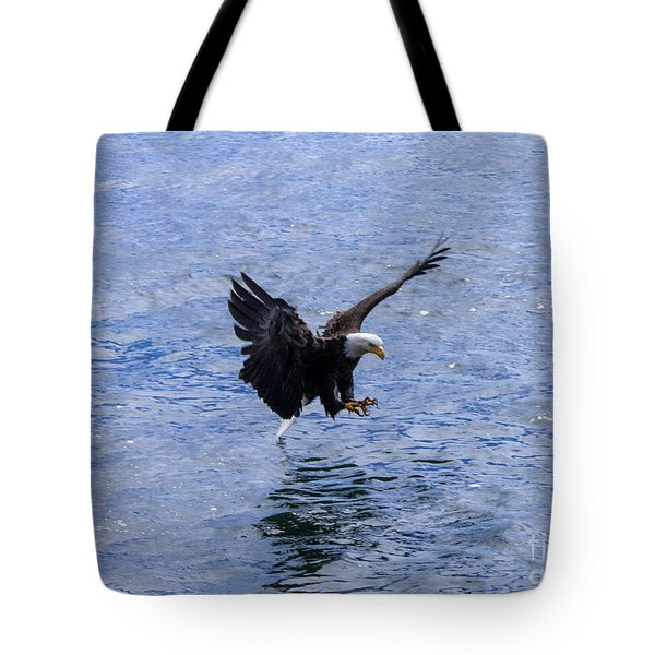 Tail Landing Tote Bag