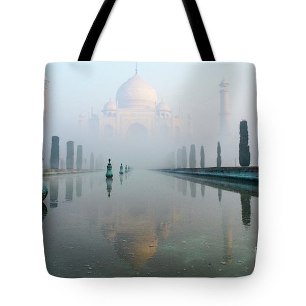 Taj Mahal At Sunrise 01 Tote Bag
