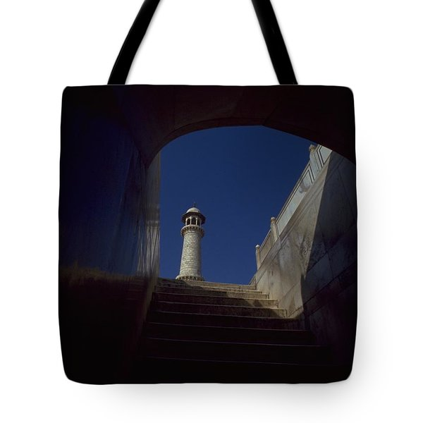 Taj Mahal Detail Tote Bag