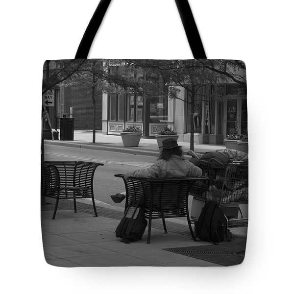 Tote Bag featuring the photograph Taking It Easy by Michael Colgate