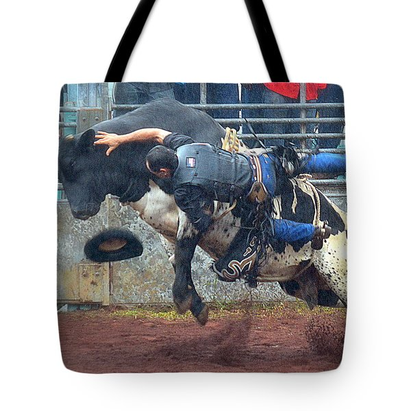 Tote Bag featuring the photograph Taking The Fall by Lori Seaman