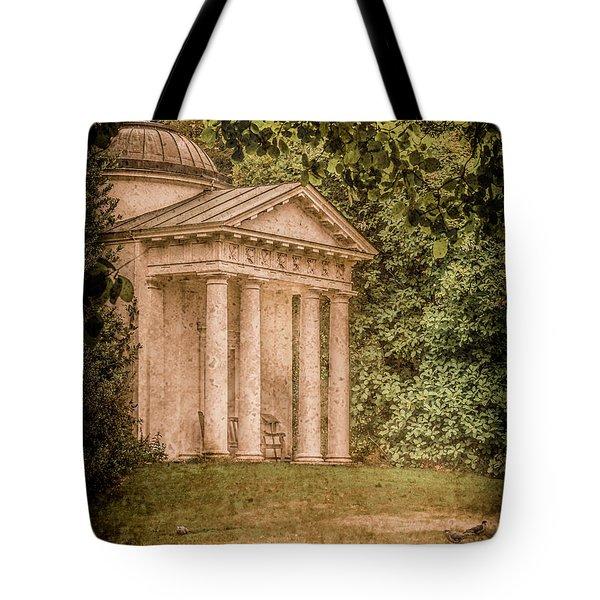 Kew Gardens, England - Temple Of Bellona Tote Bag