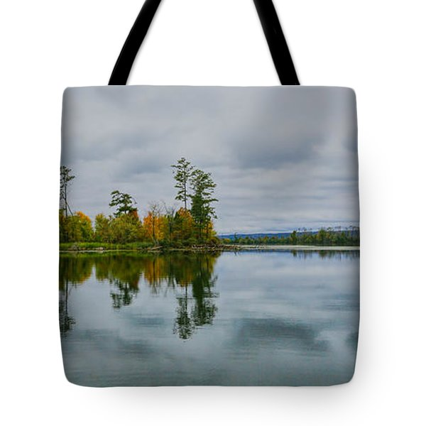 Tennesse River Tote Bag by Susi Stroud