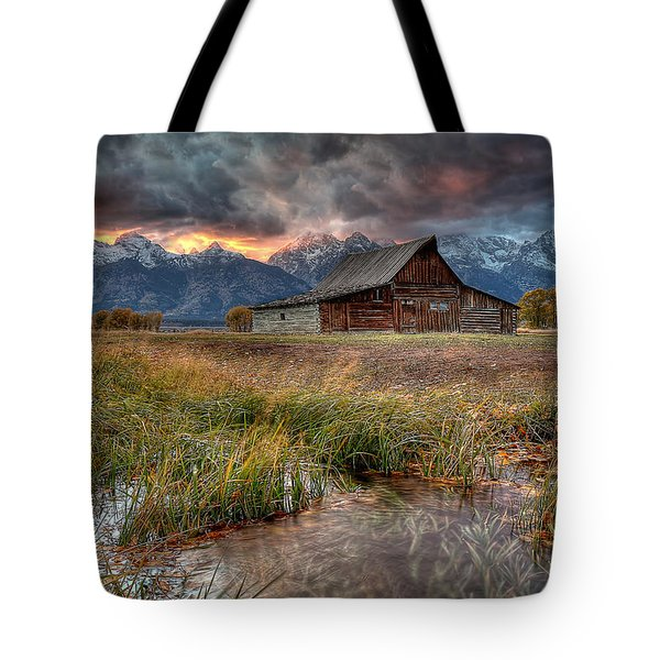 Teton Nightfire At The Ta Moulton Barn Tote Bag