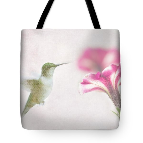 Textured Hummer Tote Bag