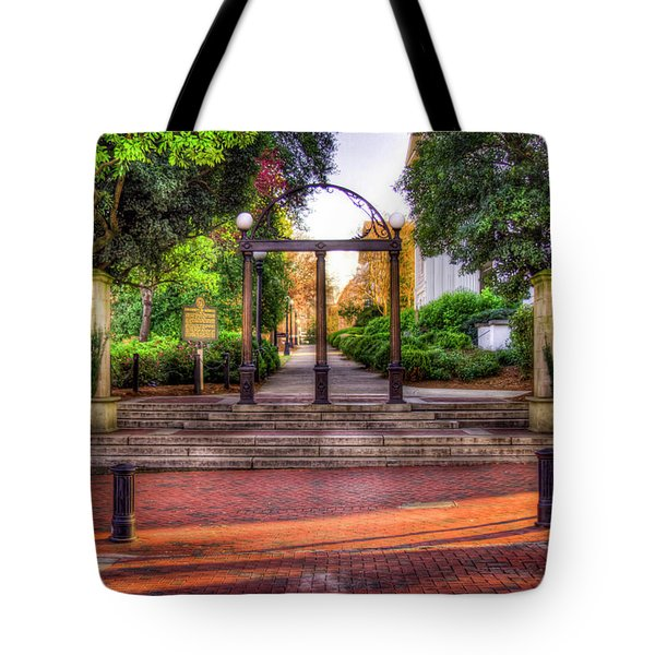 The Arch 4 University Of Georgia Arch Art Tote Bag