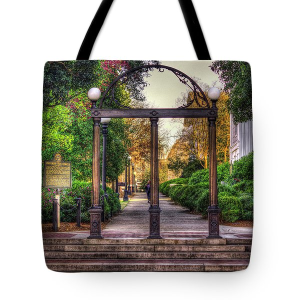 The Arch University Of Georgia Arch Art Tote Bag