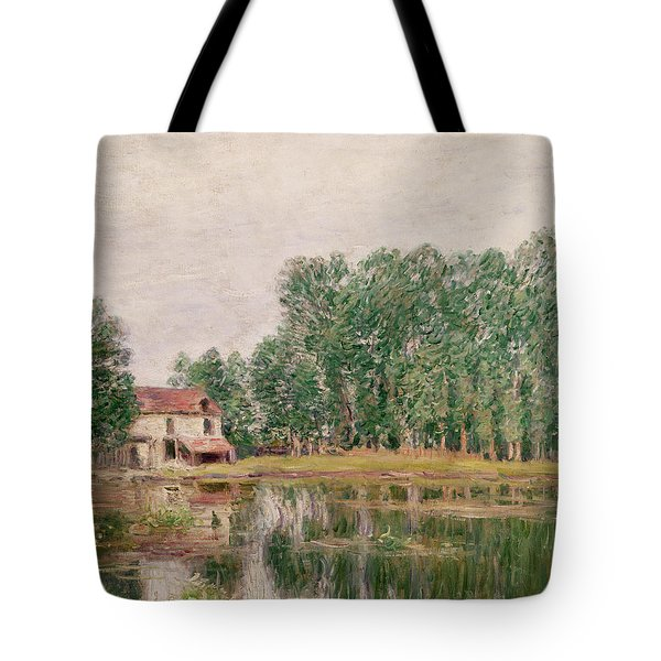 The Banks Of The Canal At Moret Sur Loing Tote Bag by Alfred Sisley