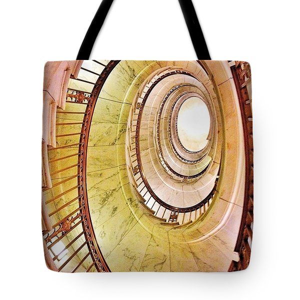 The Beautiful Dome Of The Us Supreme Tote Bag
