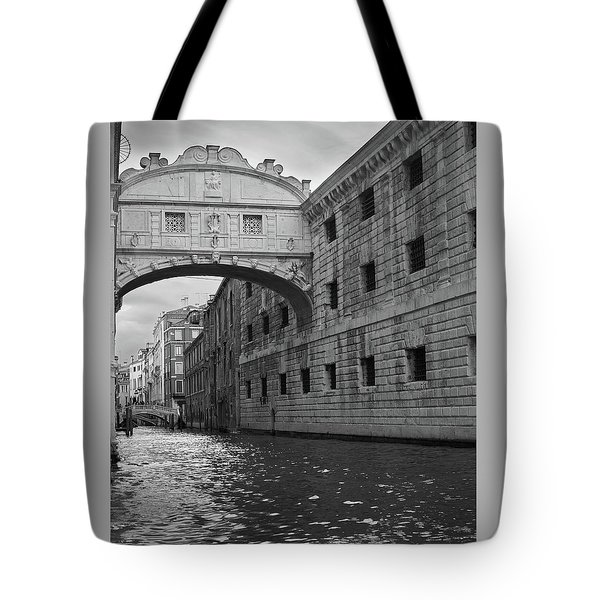 The Bridge Of Sighs, Venice, Italy Tote Bag by Richard Goodrich