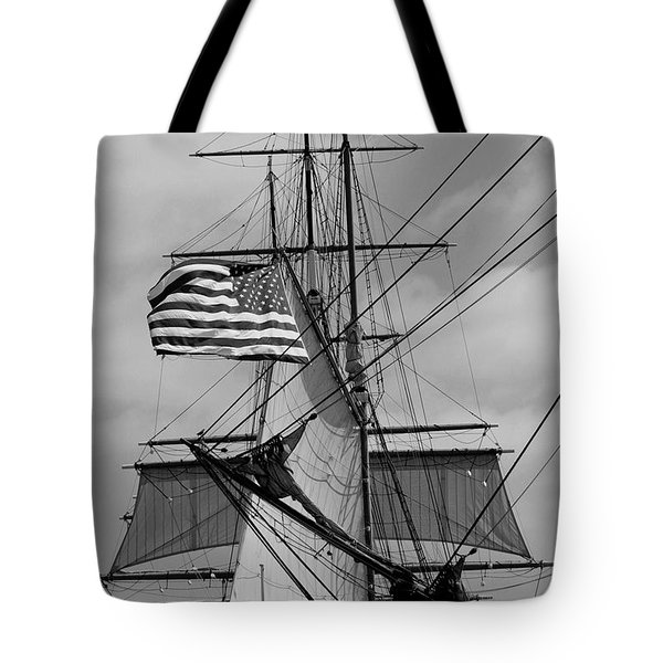 The Caravel Tote Bag