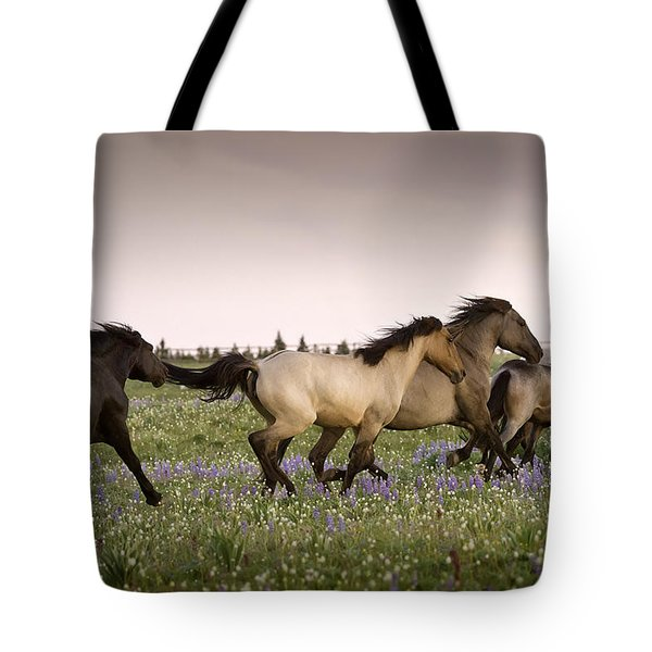 The Chase 1 Tote Bag