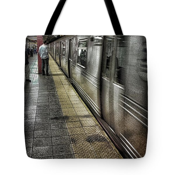 The Commute Tote Bag