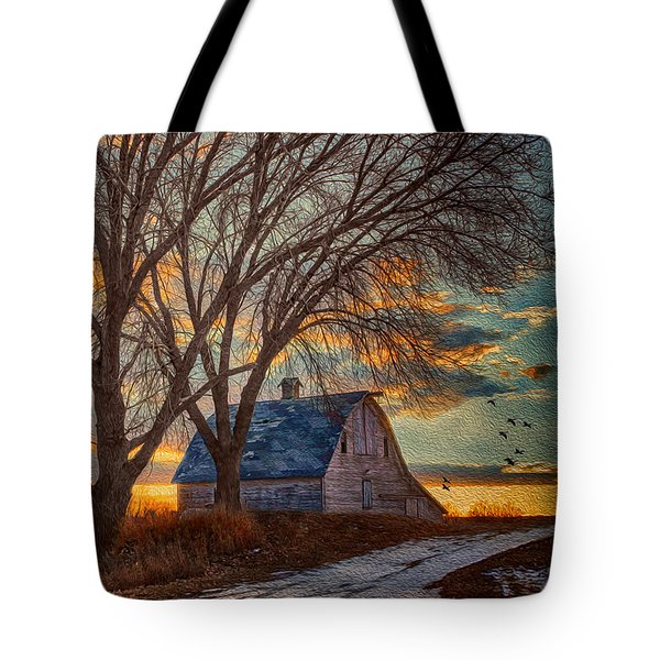 The Day's Last Kiss Tote Bag