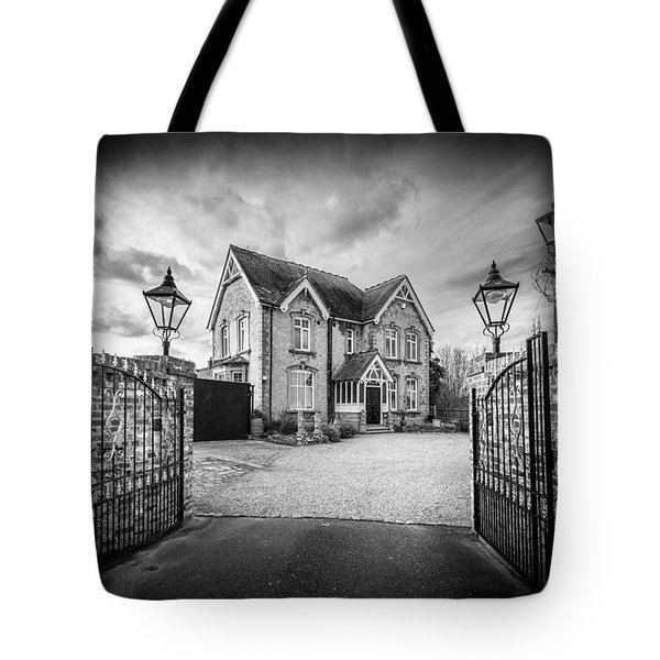 Tote Bag featuring the photograph The Driveway by Gary Gillette