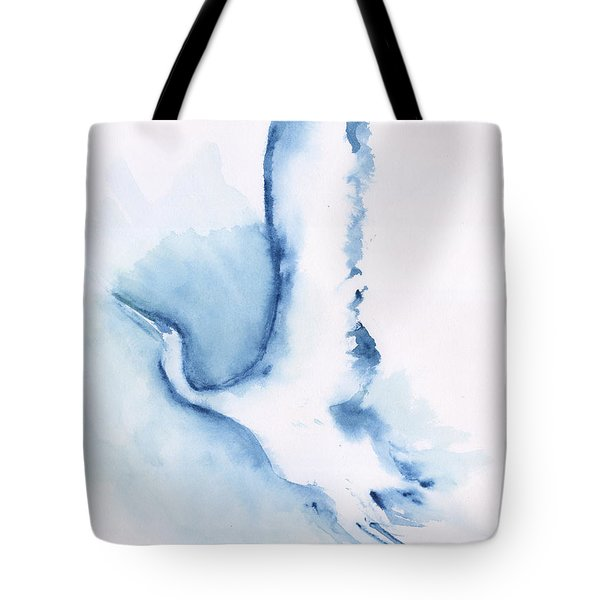 The Egret Take Off Tote Bag