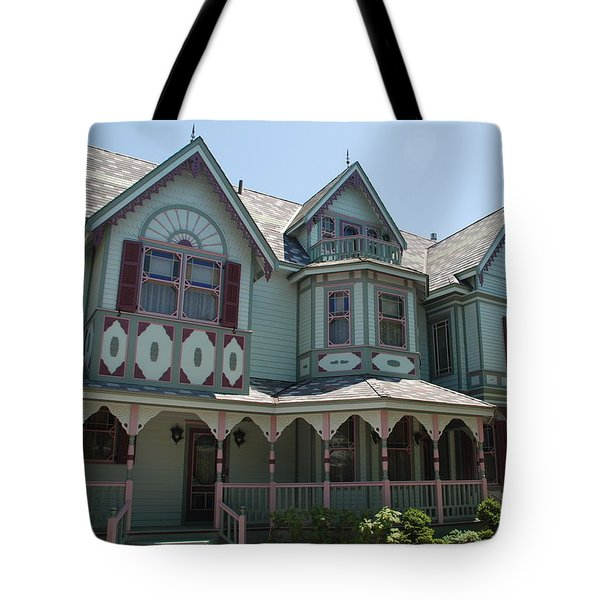 Tote Bag featuring the photograph The Empress by Richard Bryce and Family