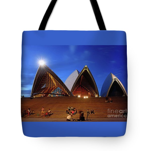 Tote Bag featuring the photograph The Forecourt Sydney Opera House By Kaye Menner by Kaye Menner