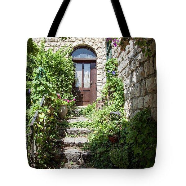 The Green Entrance Tote Bag by Yoel Koskas